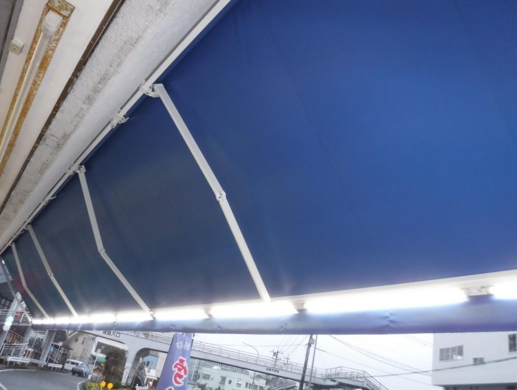 LED照明付きオーニングテント